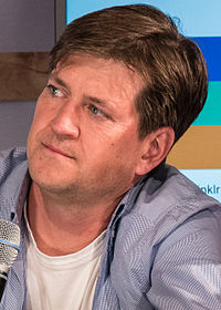 Bill Lawrence 2015.jpg