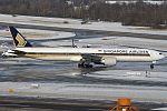 Boeing 777-312ER, Singapore Airlines JP6770308.jpg