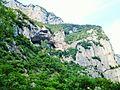 Bosco di Frasassi Ancona tempietto del Valadier tra le rocce.JPG