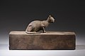 Box for animal mummy surmounted by a cat, inscribed MET LC-12 182 27 EGDP023740.jpg