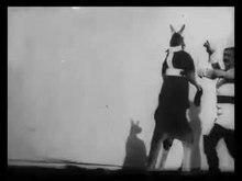 Файл:Boxing Kangaroo (1895).webm