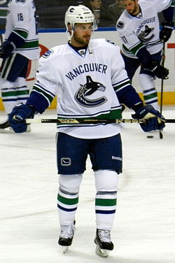 Brad Richardson Canucks.jpg