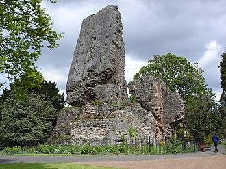 Listed buildings in Bridgnorth - Image: Bridgnorth Castle (8061869432)