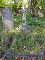Brockley & Ladywell Cemeteries 20191022 135830 (48946897117).jpg