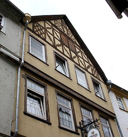 448px-Brueckengasse_4_Limburg_01.jpg