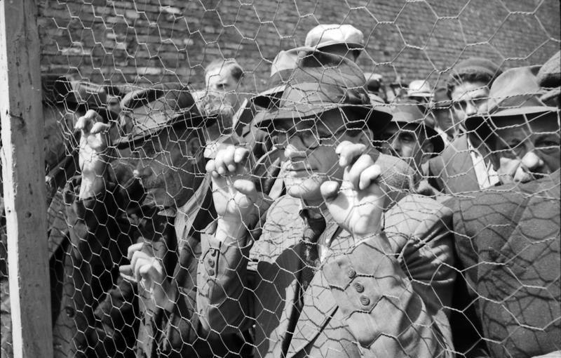 Bundesarchiv Bild 101I-185-0112-28, Belgrad, Erfassung von Juden