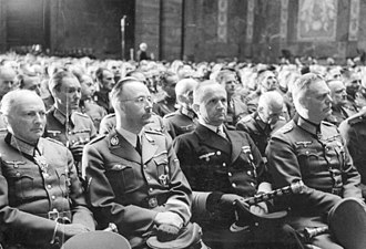 Hans-Valentin Hube - Günther von Kluge, Heinrich Himmler, Karl Dönitz and Wilhelm Keitel (front row from left to right) at Hube's state funeral