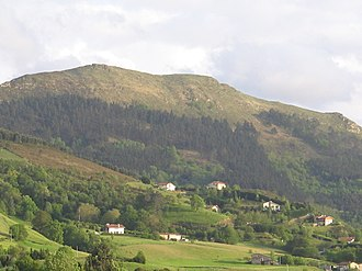 Buruntza - Buruntza's north-west face