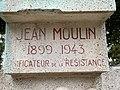 Buste Jean Moulin St Étienne Loire 3.jpg