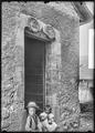 CH-NB - Genolier, Eglise Notre Dame, vue partielle extérieure - Collection Max van Berchem - EAD-7252.tif