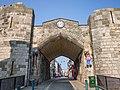 Caenarfon city walls (8015324420).jpg