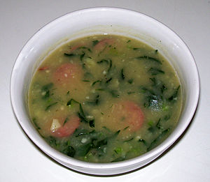 English: Caldo verde, a typic soup of Portugal...