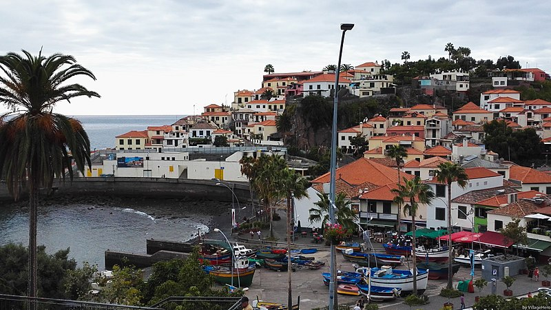 File:Camara de Lobos view (24244768728).jpg