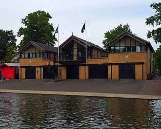 Magdalene Boat Club - Image: Cambridge boathouses Queens' (2)