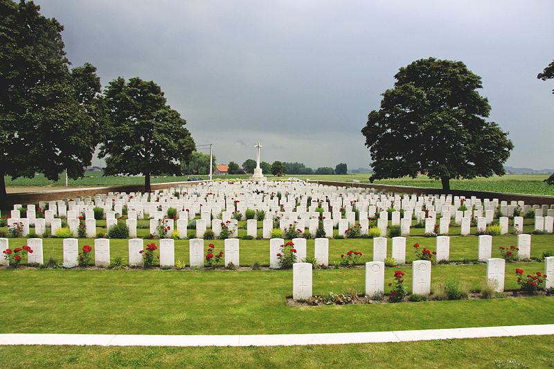File:Canada Farm Cemetery 8.jpg
