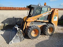 pale caricatrici 220px-Case_430_skid_loader