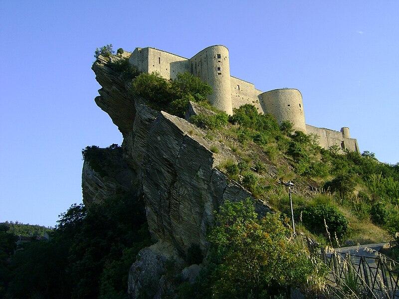 Castello di Roccascalegna.JPG
