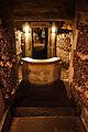 Catacombs of Paris, 16 August 2013 011.jpg