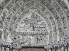 Cathedrale nd chartres sud014.jpg