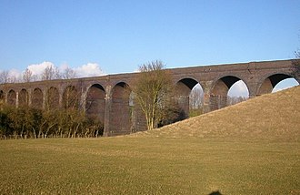 Staverton, Northamptonshire - Image: Central railway viaduct