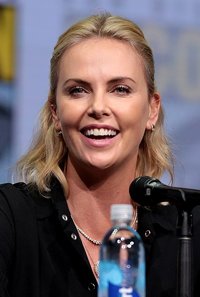 File:Charlize Theron by Gage Skidmore 2.jpg