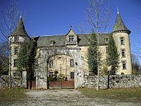 Chateau bessonies entree.jpg