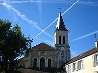 Chevet et clocher de l'église Notre-Dame de Villecresnes.JPG