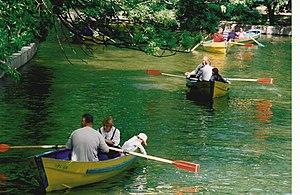 Lake Cișmigiu - Image: Cismigiu rowboats
