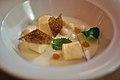 Citronfromage med marengs og parfait af hvid chokolade (5526706604).jpg