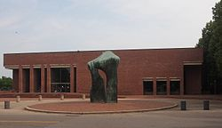 Cleo Rogers Memorial Library and Moore Sculpture.jpeg
