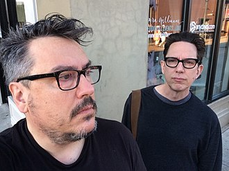 They Might Be Giants - Image: Close up picture of John Linnell and John Flansburgh