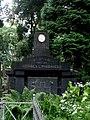Cmentarz Łyczakowski we Lwowie - Lychakiv Cemetery in Lviv - Tomb of Lipinski Family - panoramio.jpg