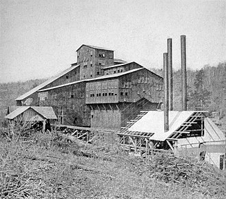Blacksburg, Virginia - Coal Breaker of the Virginia Anthracite Coal Company at Merrimac Mines near Blacksburg, 1904