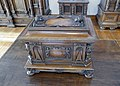 Coffret à décor sculpté de la corporation des menuisiers-Musée de l'Œuvre Notre-Dame de Strasbourg (3).jpg