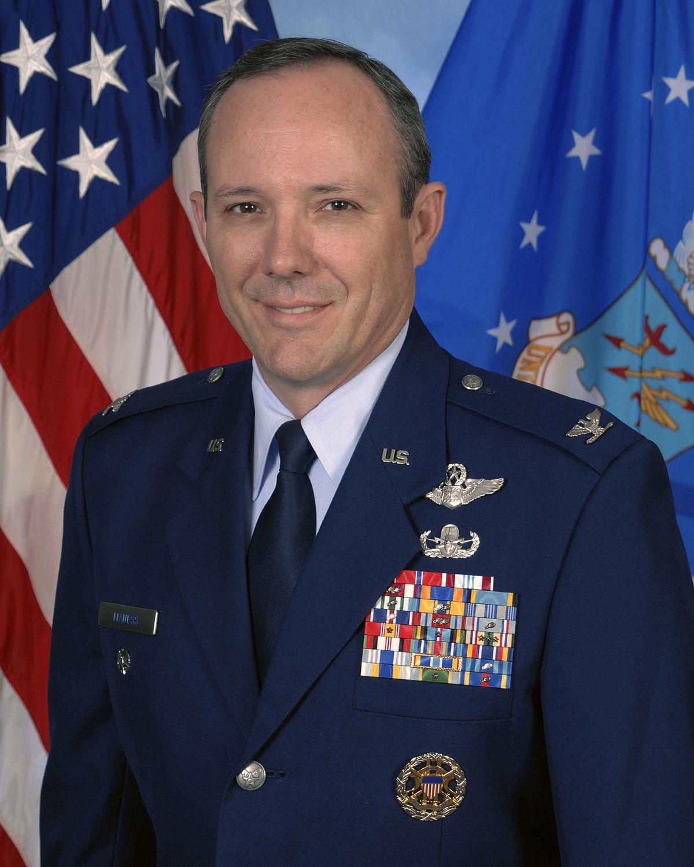 Col Robert Maness.jpg