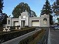 Complex funerar - osuar și morminte individuale, cimitirul eroilor căzuți în primul război mondial - Portal cu liste de eroi - lmi B-IV-m-B-20080.jpg