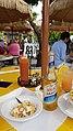 Conch Salat mit Kalik Bier.jpg