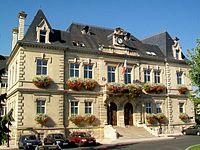 Creil (60), Hôtel de ville.jpg