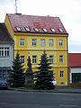 Dům čp. 193 a socha sv. Václava.jpg