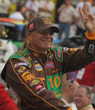 Dale Jarrett - Jarrett at Bristol Motor Speedway in 2007