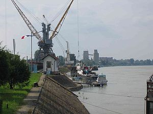 Danube port of Vukovar, Croatia (by de.user.Perun)