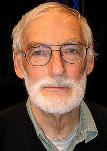 Dennis Meadows, 2012 (cropped).jpg