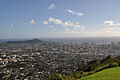Diamond Head and Waikiki (5689046503).jpg