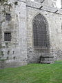 Dol-de-Bretagne (35) Cathédrale Puits extérieur 01.JPG