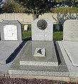 Douai - Cimetière de Douai, tombe de Théophile Bra (01).JPG