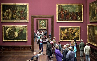 Gemäldegalerie Alte Meister - Inside the gallery with the Sistine Madonna in the background