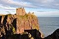 Dunnottar Castle (38584883192).jpg