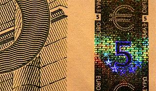 320px-EUR_5_holographic_band Se ha pedido un 'rescate' o... ¿qué si no?