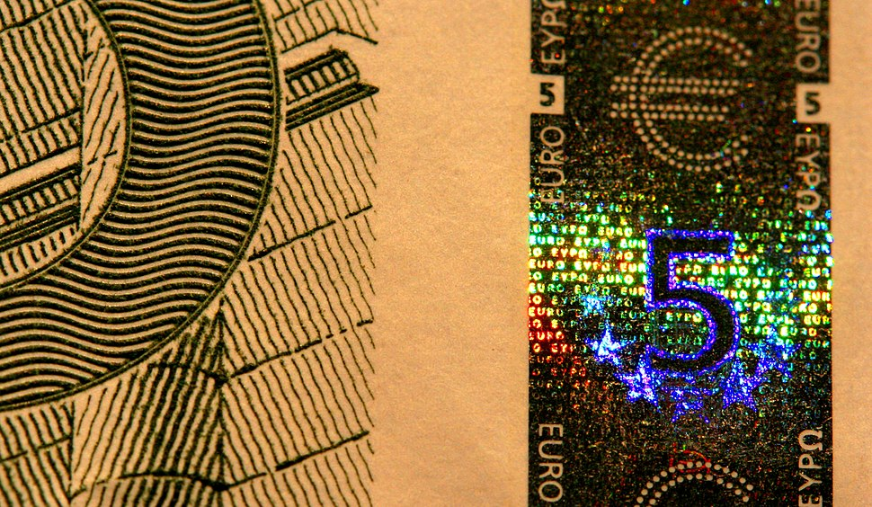 EUR 5 holographic band