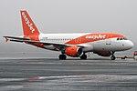 EasyJet, G-EZMK, Airbus A319-111 (44595729390).jpg
